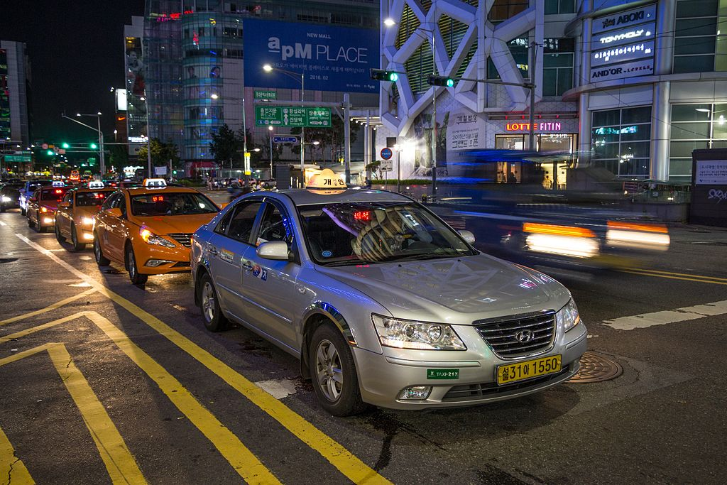 Seoul taxis 01