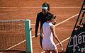 Serena Williams & Virginie Razzano - Roland-Garros 2012 - 001.jpg