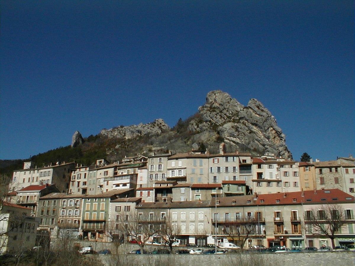 Serres hautes alpes wikipedia - Serre livre maison du monde ...