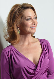 Sharon Lawrence American actress