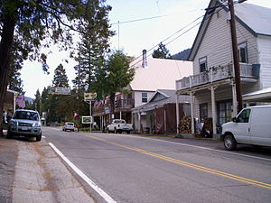 Sierra City, California - Image: Sierra City, California, October 11, 2009 Main St