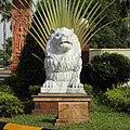 Sihanoukville, sculpture. White Lion.jpg