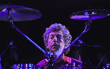 Phillips playing with PSP in Rome, 2009 Simon-Phillips.jpg