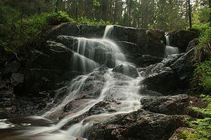 Skuleskogen National Park - Small waterfall along the stream Skravelbäcken