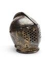 Sluten hjälm för tornering från 1620 cirka. Del av Hertig Karl Filips tornérrustning - Livrustkammaren - 97398.tif