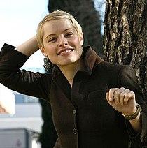Soraya Arnelas 3.jpg