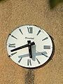 Sougères-en-Puisaye-FR-89-église-horloge-02.jpg