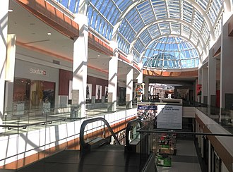 Roosevelt Field (shopping mall) - 2nd floor view of Roosevelt Field in 2015.