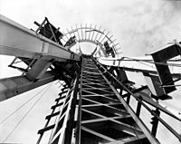 Space Needle under construction, 1961, from below.jpg