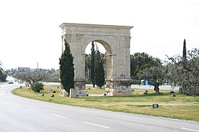 Spain.Catalonia.Roda.de.Bara.Arc.Bera.jpg
