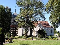 Spantekow Kirche 2012-08-11.jpg