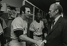 Sparky Lyle and Gerald Ford (cropped).jpg
