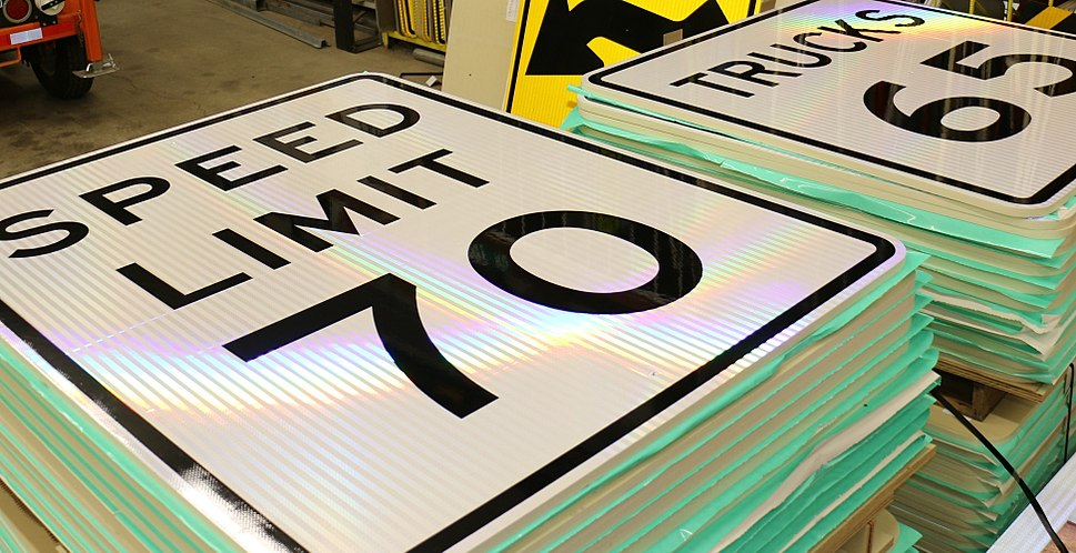Speed sign stack