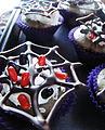 Spider web cupcakes.jpg