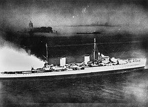HMAS Perth (D29) - Perth arriving in New York in 1939