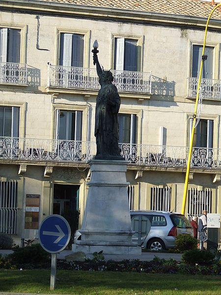 Image:Statue de la liberté de Lunel.JPG
