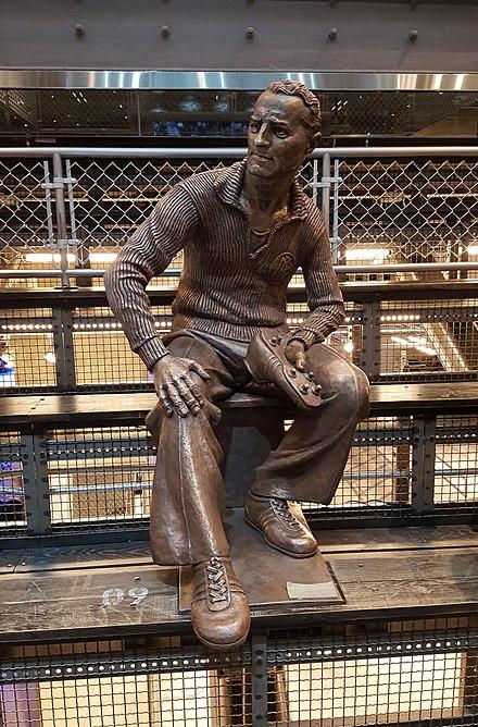 dfbfaf00268 Statue of Adi Dassler