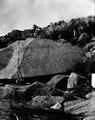 Sten med ristningar. Carabuco, vid östra stranden av Titicaca. Titicacasjön. Bolivia - SMVK - 002477.tif
