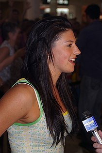 Stephanie Rice at the Wagga Wagga Marketplace.jpg