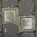 Stolpersteine Höxter Marktstraße 15.jpg