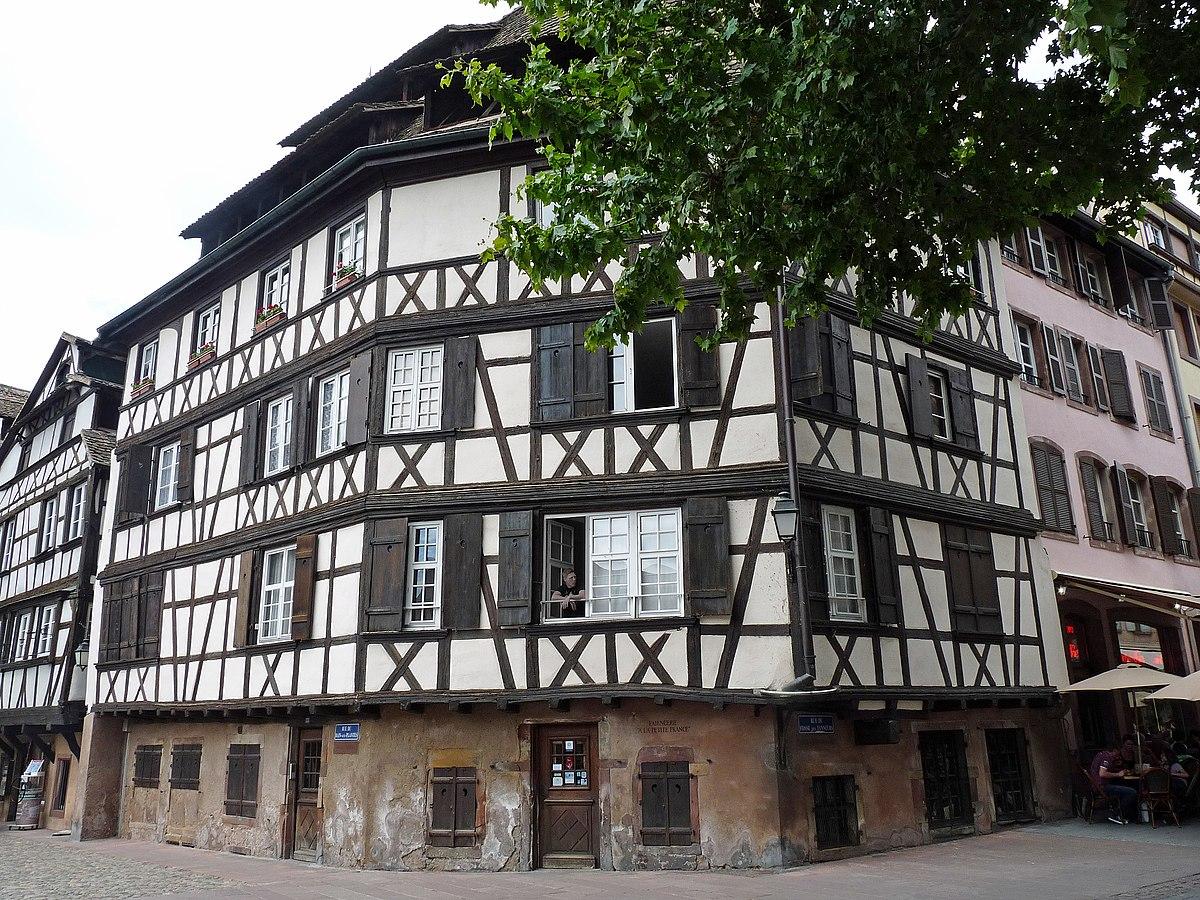 Q15952355 wikidata for Rue du miroir strasbourg