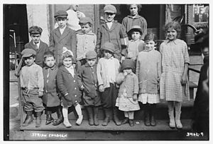Syrian diaspora - Syrian immigrant children on Washington Street in Lower Manhattan in 1916.
