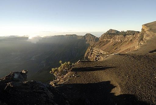 Tambora crater rim 2