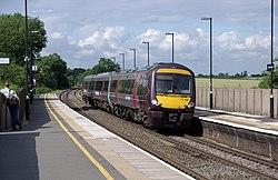 Tamworth railway station MMB 55 170102.jpg