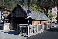 Tannbergbrücke in Lech 1.JPG