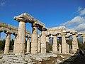 Temple of Hera (Paestum) 05.jpg