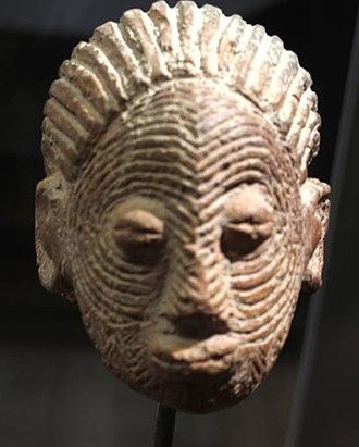 Sao civilisation - Terracotta Sao statuette