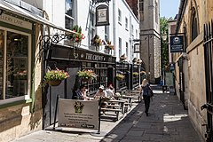 The Crown public house, Bristol, England.jpg