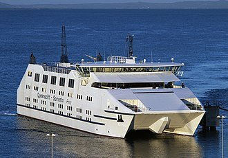 Searoad Ferries - ''MV Sorrento'' docking at Queenscliff