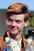 Thomas Brodie-Sangster by Gage Skidmore 2.jpg