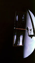 Thornton Prepares to Release Hubble Array - GPN-2000-001155