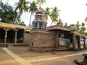 Thirumohoor Kalamegaperumal temple - Imageofthetempletank