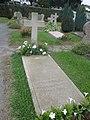 Tombe de Jacques Chaban-Delmas.jpg