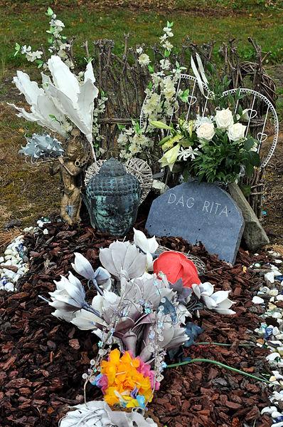 Tombeau d'indigence au cimetière de la F.N.A.P.G. dans la commune de Sainte-Ode.