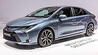 Toyota Corolla Hybrid Sedan, GIMS 2019, Le Grand-Saconnex (GIMS1338).jpg