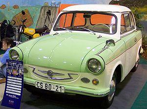 Trabant P50 bicolor 1961 vl TCE.jpg