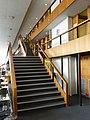 Treppen im Lesesaal der Bayerischen Staatsbibliothek.jpg