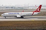 Turkish Airlines, TC-JGV, Boeing 737-8F2 (39244188954).jpg