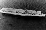 USS Independence (CV-22) underway in early 1943.jpg
