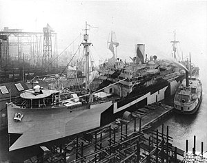 USS USS Santa Teresa (ID 3804) at the outfitting dock, 1918
