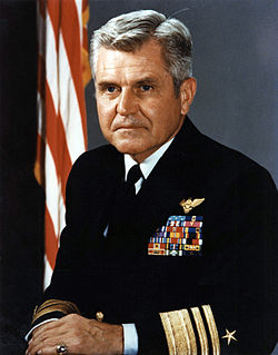 US Navy 050706-N-0000X-004 Vice Admiral James Bond Stockdale.jpg