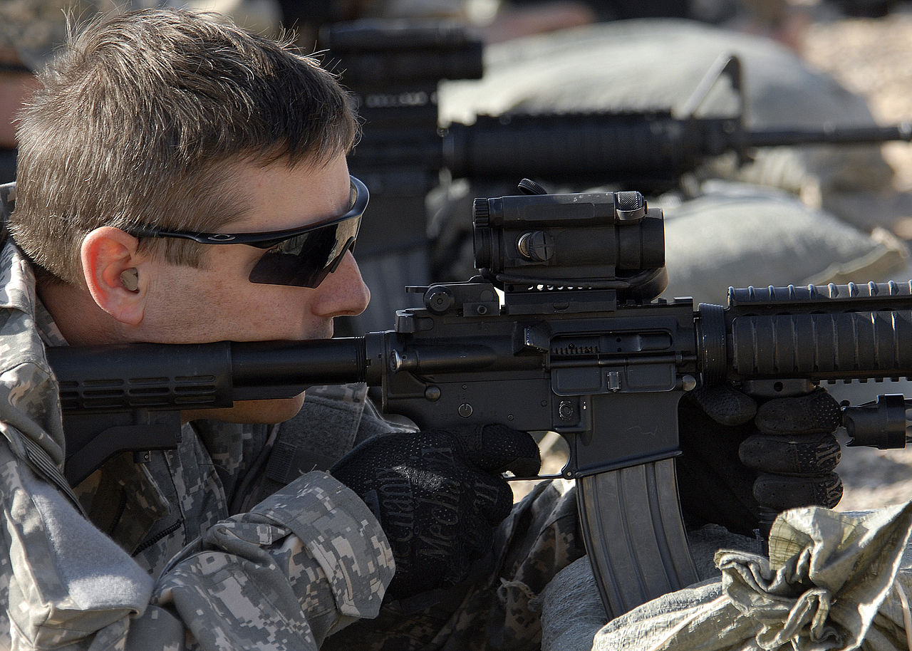 fileus navy 081127 n 6278k 161 intelligence specialist second class doug thornton zeroes in on his m 4 riflejpg navy intelligence specialist