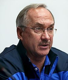 Uli Stielike in press conference before Iran match 1.jpg