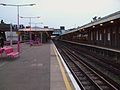 Upminster station District line platform 3 look west.JPG