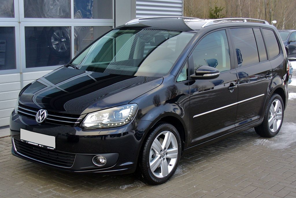 file vw touran facelift ii 2 0 tdi dsg highline deepblack jpg wikimedia commons. Black Bedroom Furniture Sets. Home Design Ideas