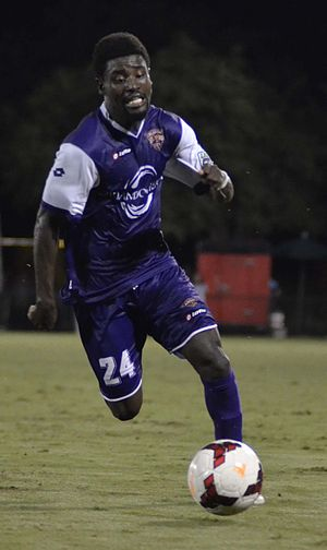 Estrela (footballer) - Estrela playing for Orlando City in 2014